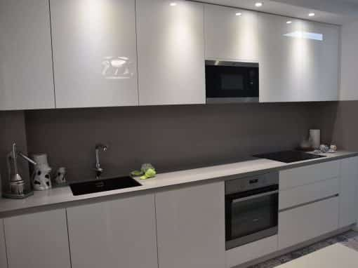 Nuevo mueble de cocina en colores verdes